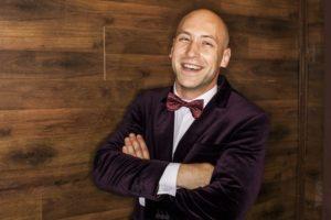 Хороший ведущий на корпоратив Киев