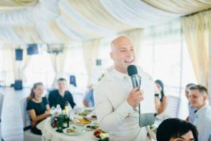 Ведущий и диджей Киев, проведения любого праздничного мероприятия