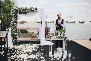 Ведущие на свадьбу Киев цены умеренные, качество отличное, настроение прекрасное
