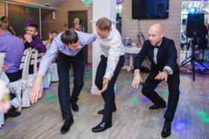 Ведущий диджей на свадьбу в Киеве